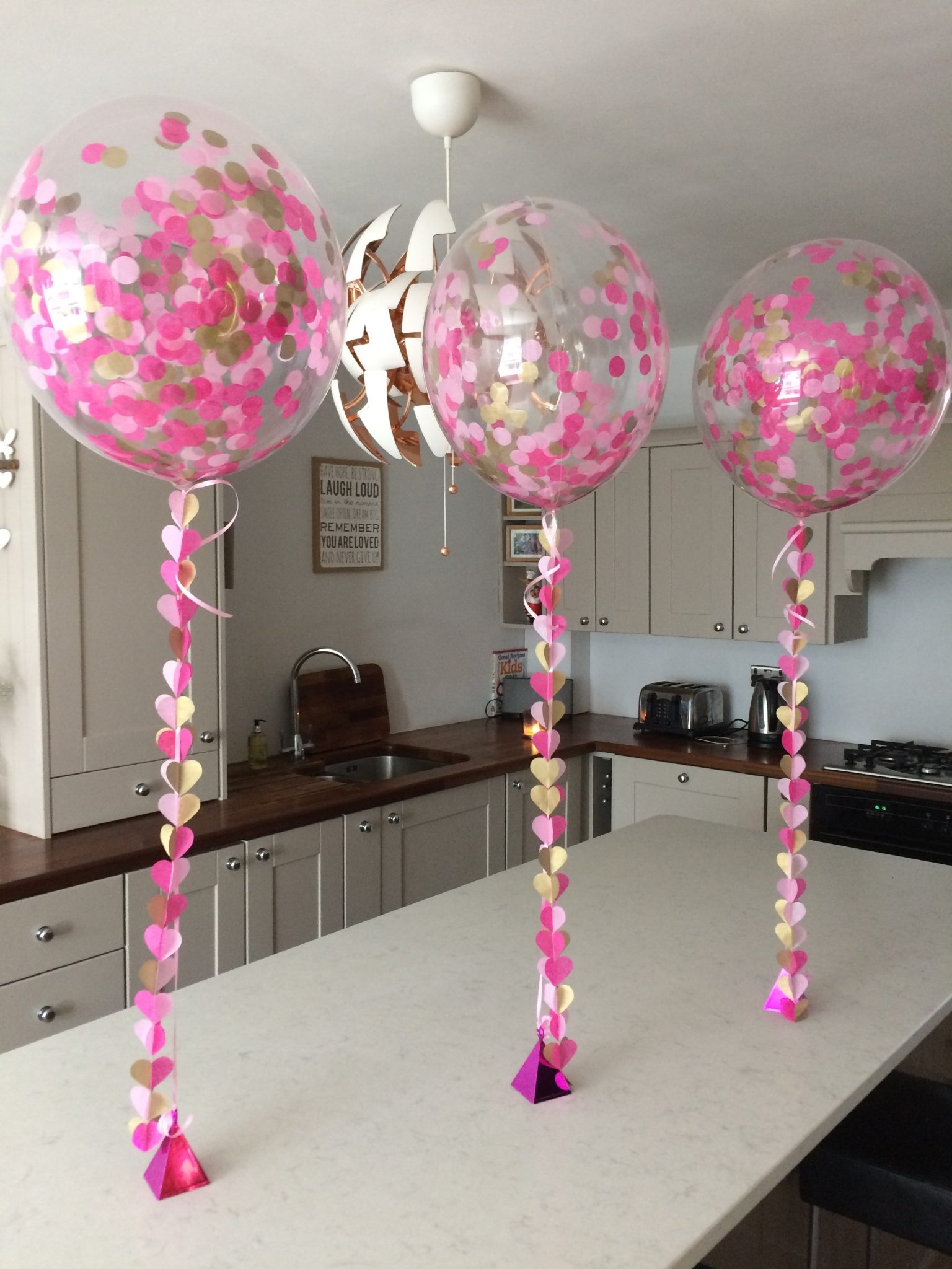 confetti helium balloons table toppers pink and gold