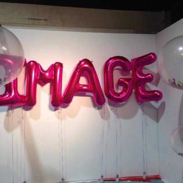 Image large balloons