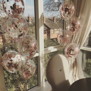 rose gold confetti balloon bunches