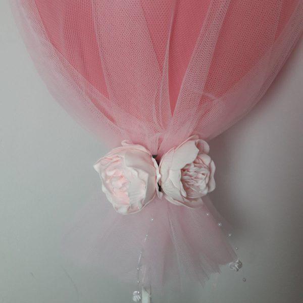 pink tulle balloon