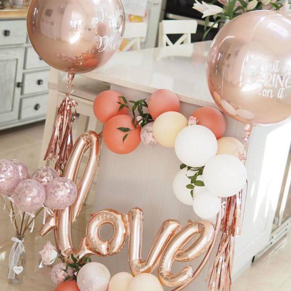balloon hoop clusters love