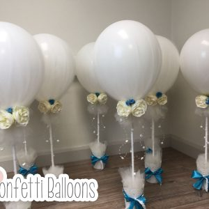 tulle cover balloon centre pieces