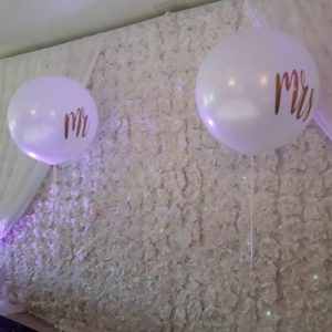 3ft mr and mrs balloon white with gold text