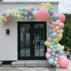 half balloon arch outdoors