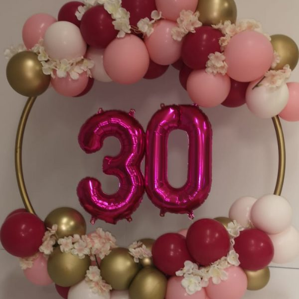 balloon hoop with pink 30 in the centre