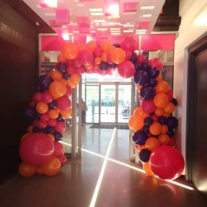 full balloon arch