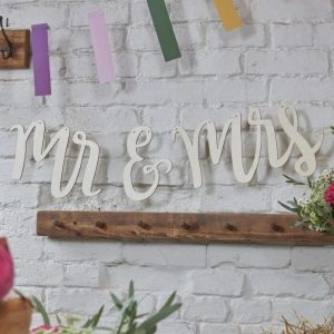 mr and mrs wooden bunting