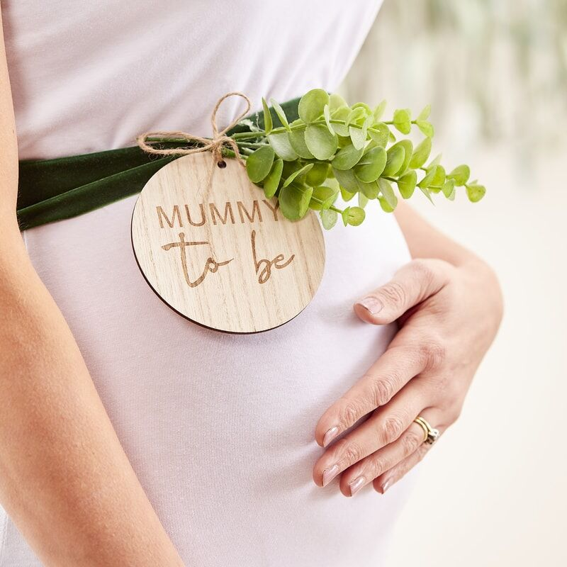mummy to be wooden sash