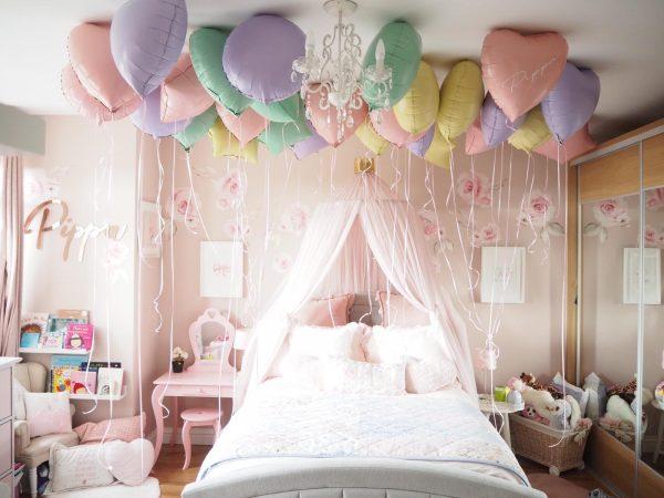 balloon ceiling bedroom