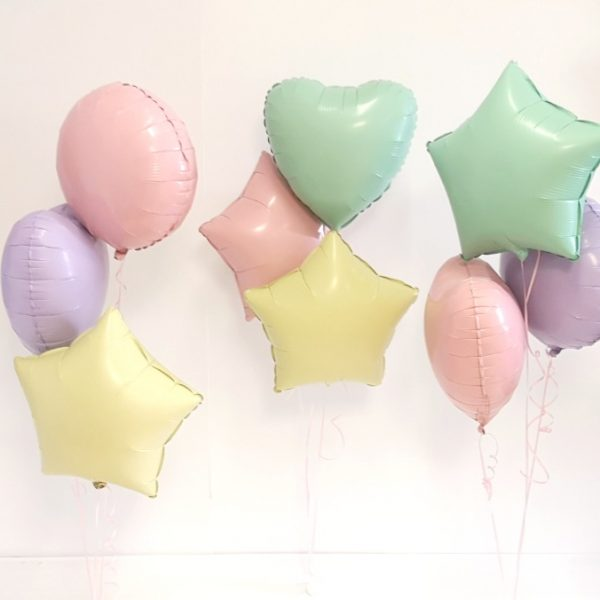 pastel balloon bunches