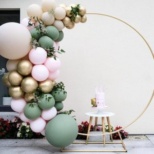 circle balloon arch gold pink