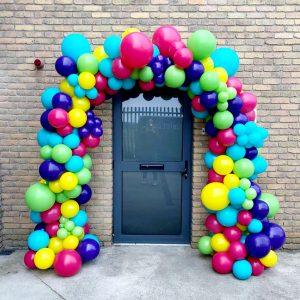 full balloon arch tropical